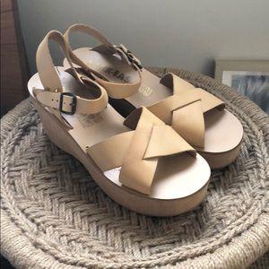 Shoes - KORK-EASE Platform Sandal